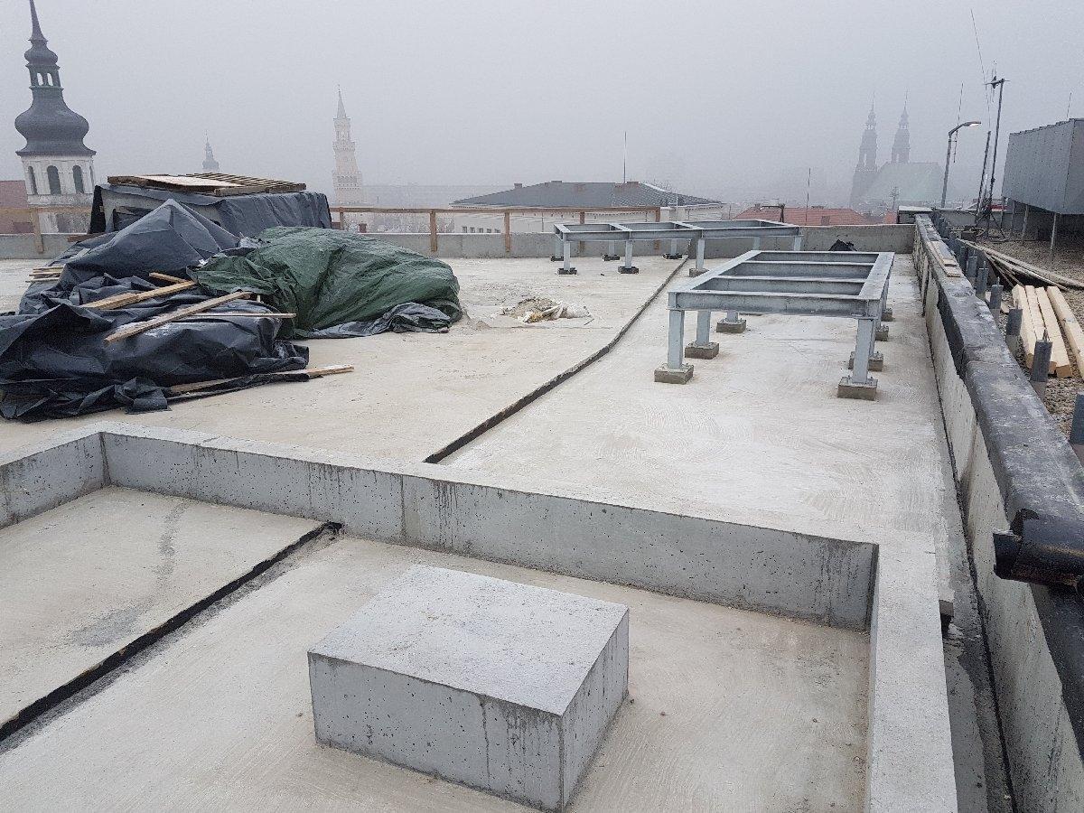 dachy płaskie użytkowe techniczne 175