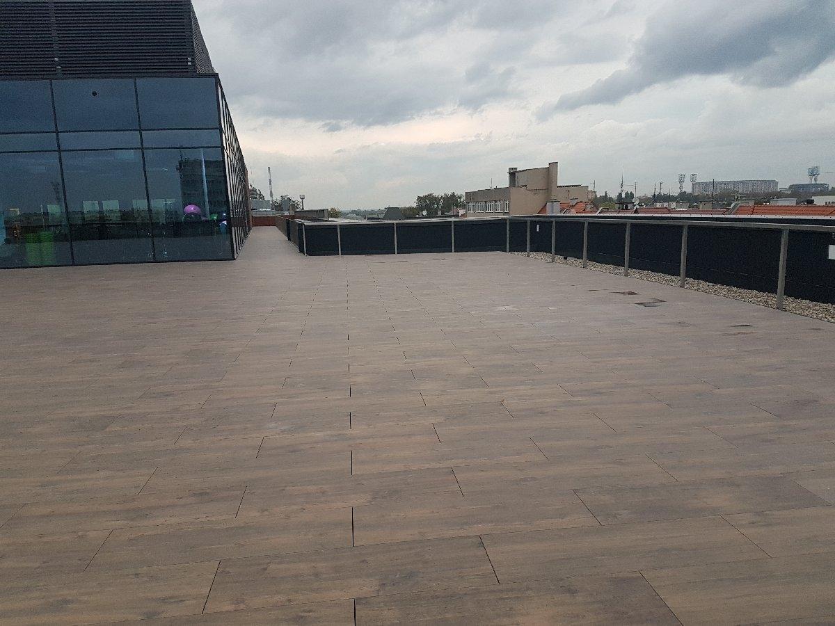 dachy płaskie użytkowe techniczne 180