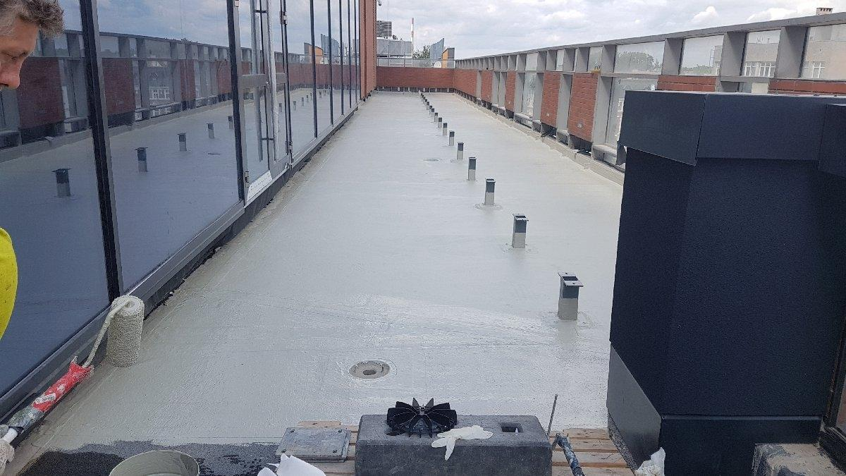 dachy płaskie użytkowe techniczne 193