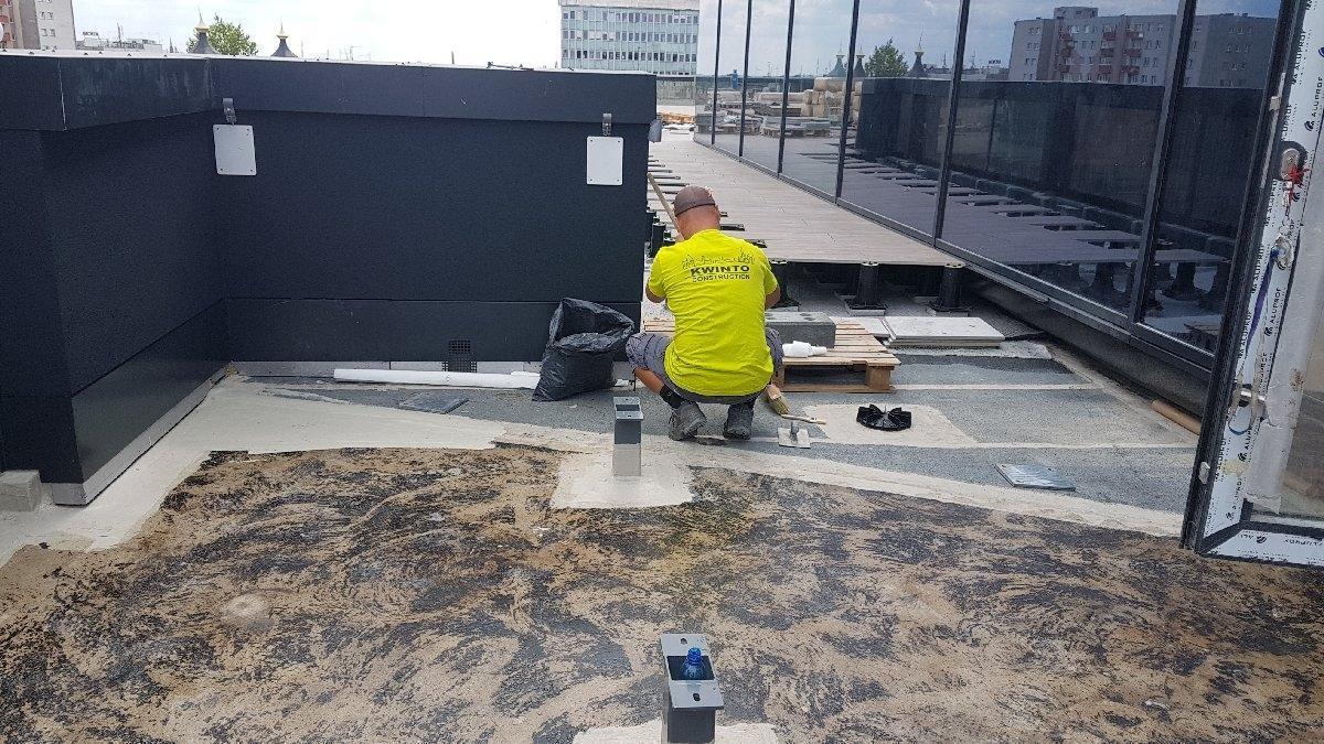 dachy płaskie użytkowe techniczne 197