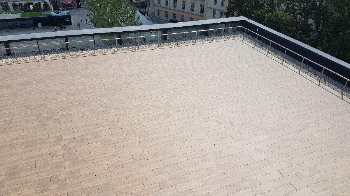 dachy płaskie użytkowe techniczne 200