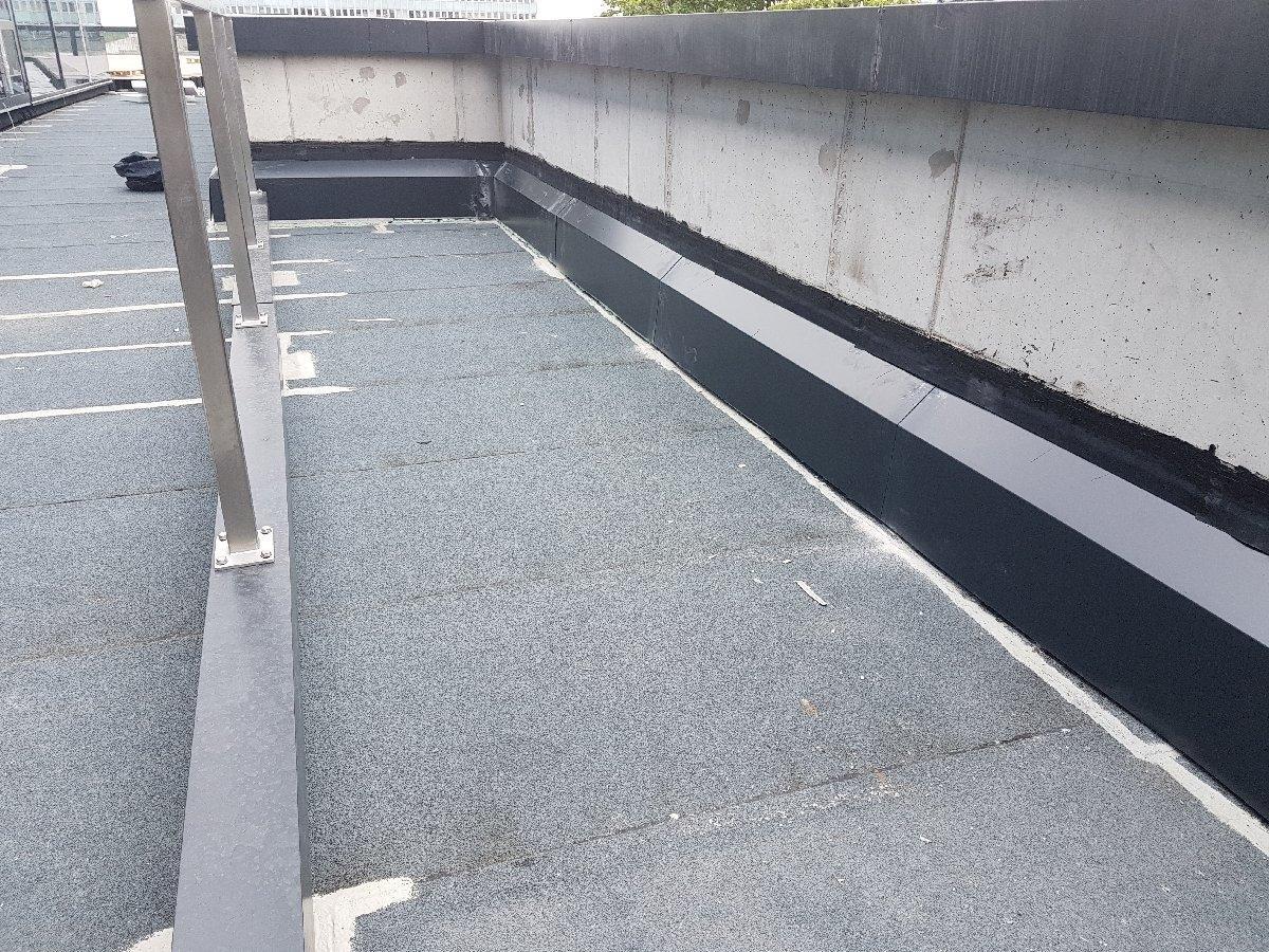 dachy płaskie użytkowe techniczne 209