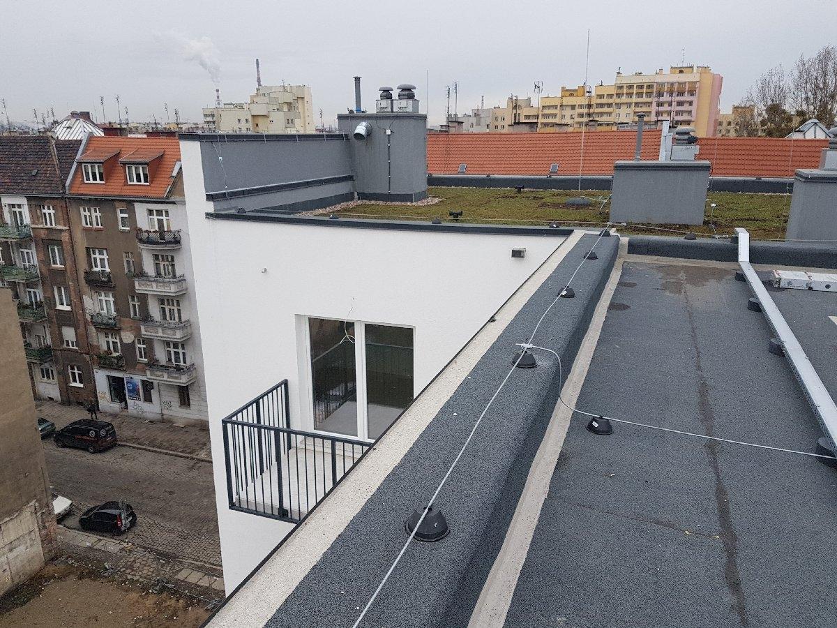 dachy płaskie użytkowe techniczne 237