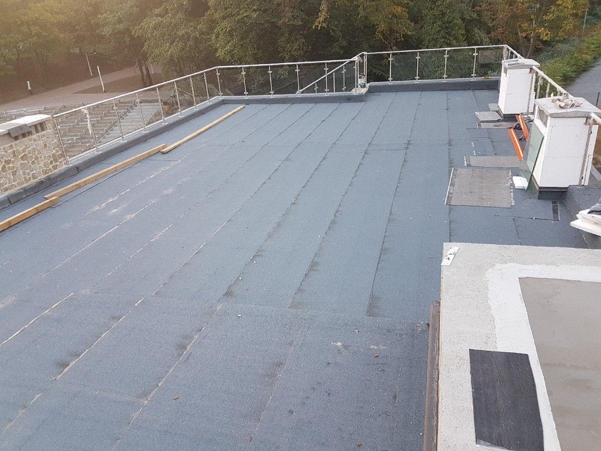 dachy płaskie użytkowe techniczne 247