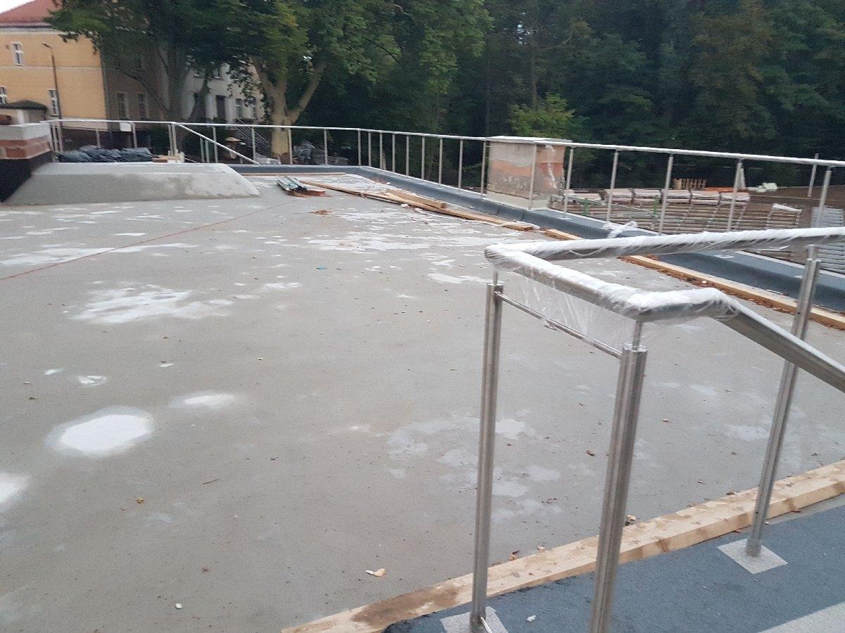 dachy płaskie użytkowe techniczne 250