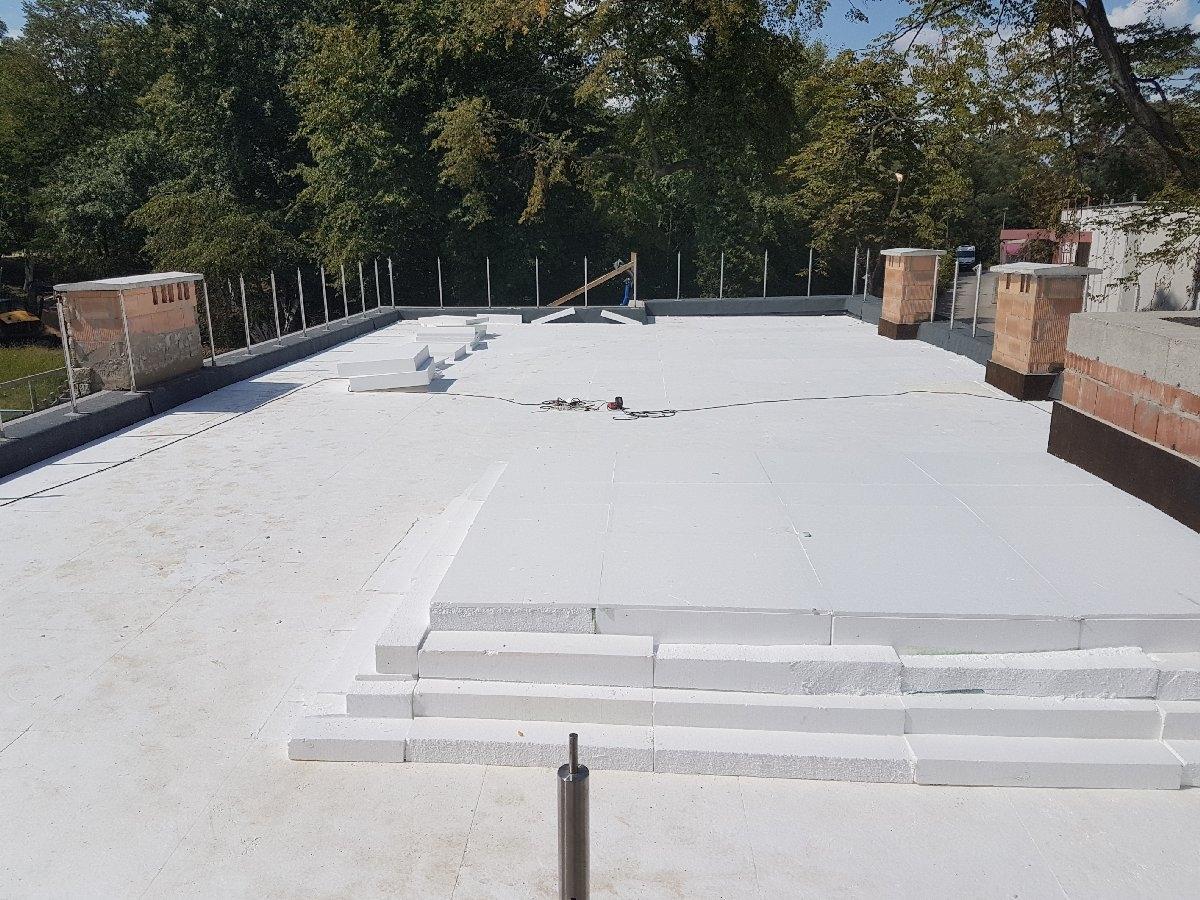 dachy płaskie użytkowe techniczne 251