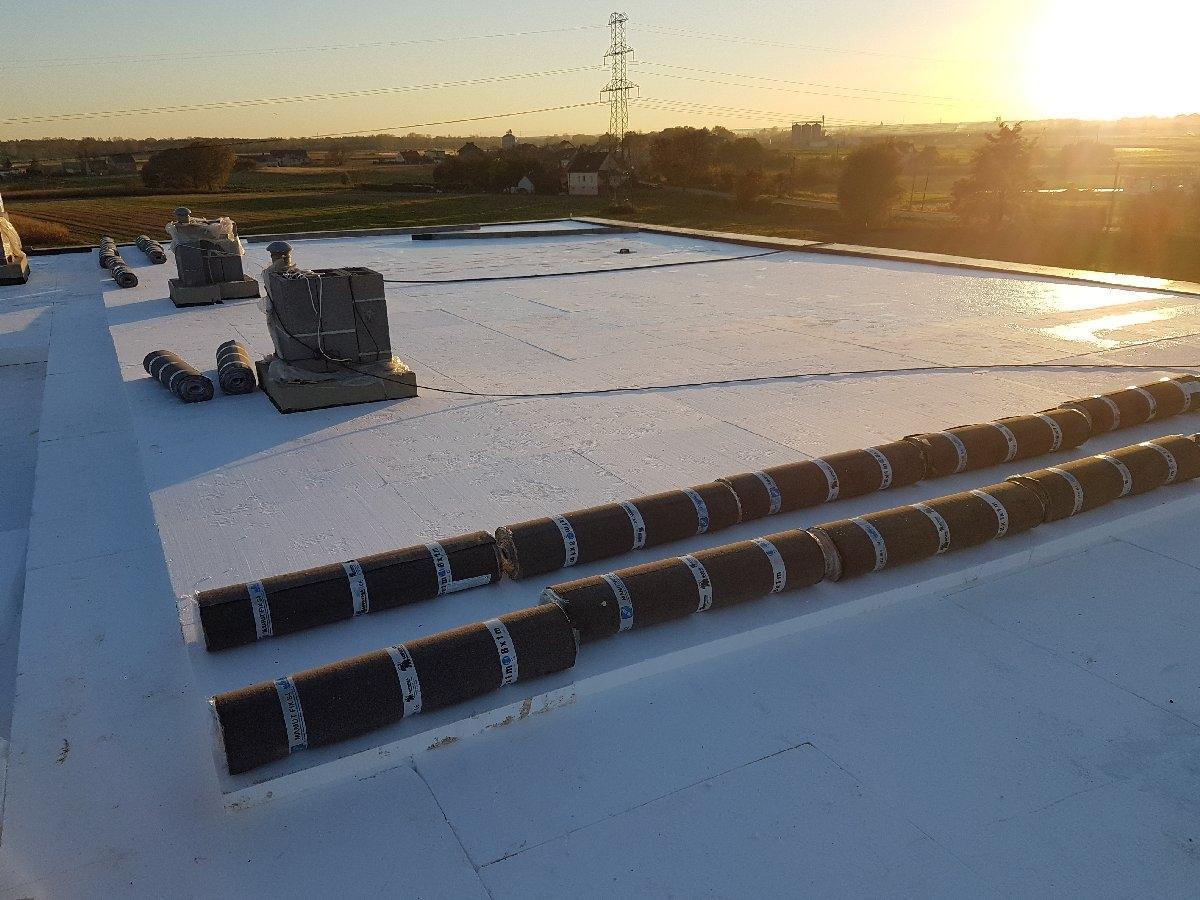 dachy płaskie użytkowe techniczne 28