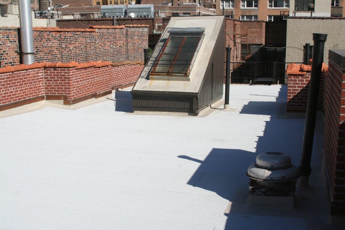 dachy płaskie użytkowe techniczne 50